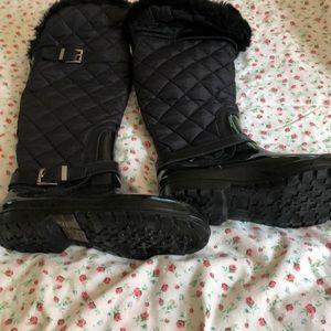 Micheal kors winter boots